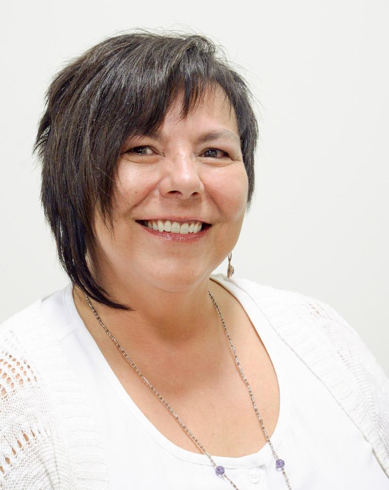 Spectrum Kitchens Design Consultant Kim Ozen