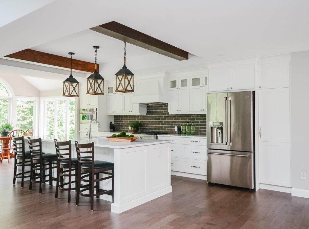 kitchen pendant lighting and Island seating